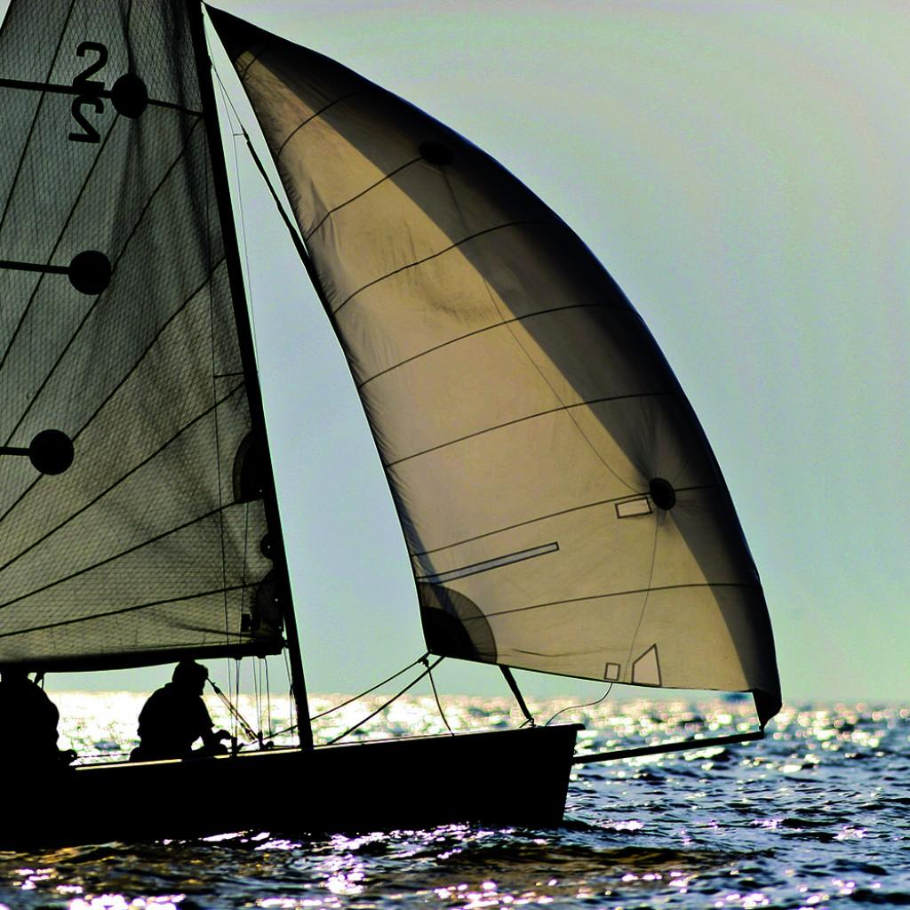 dinghy sailing course brighton