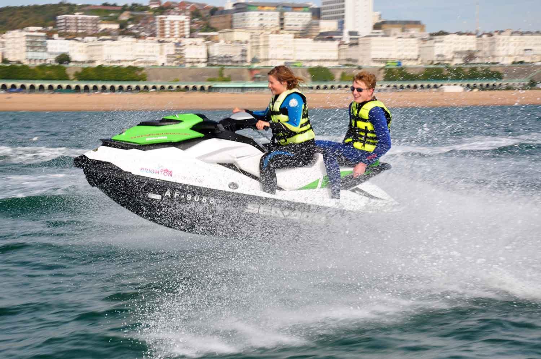 jet-ski-pwc-ride-brighton