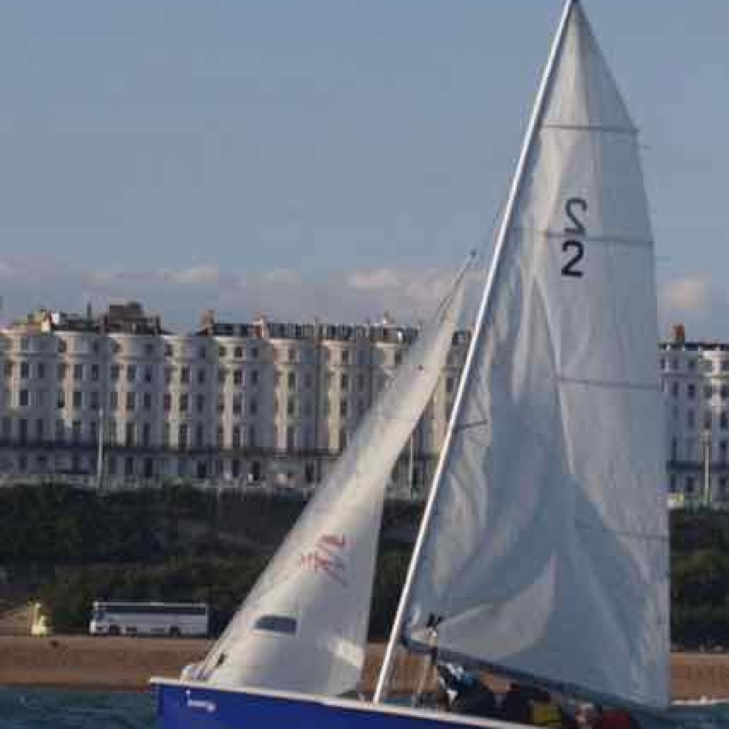 sailing-windsurfing-wakeboarding-SUP-sailing-brighton_22-small