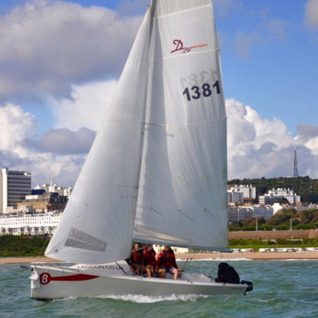 learn-to-sail-brighton-lagoon-watersports-15