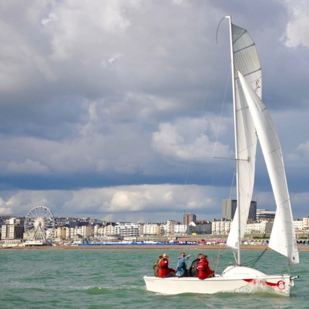 learn-to-sail-brighton-lagoon-watersports-20