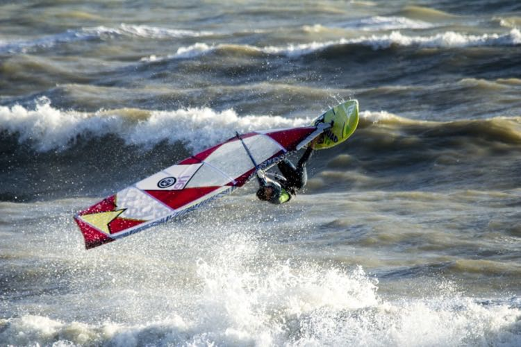 Buying a windsurf board? Understanding board volume | Lagoon
