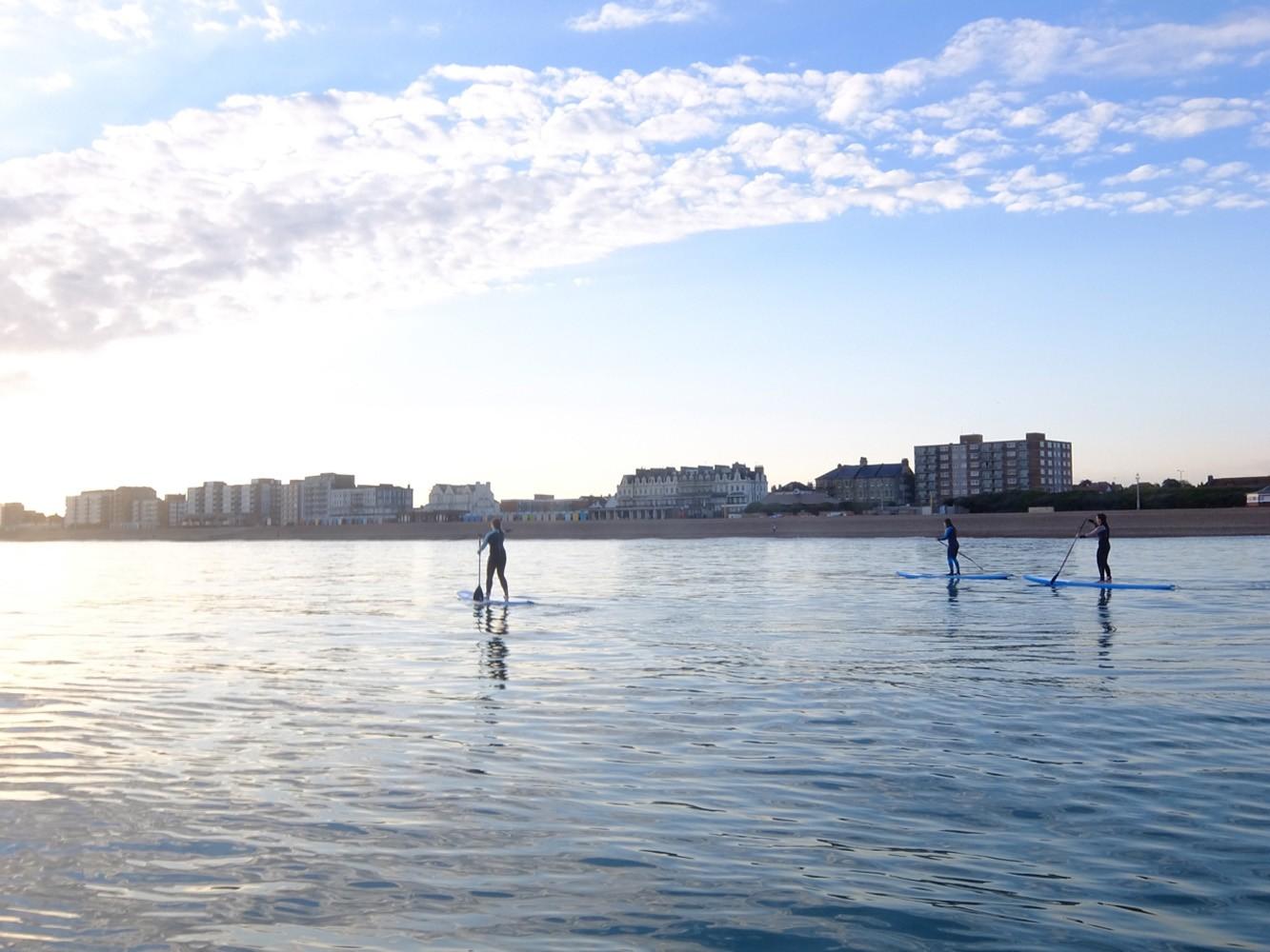standup paddleboard social paddling brighton