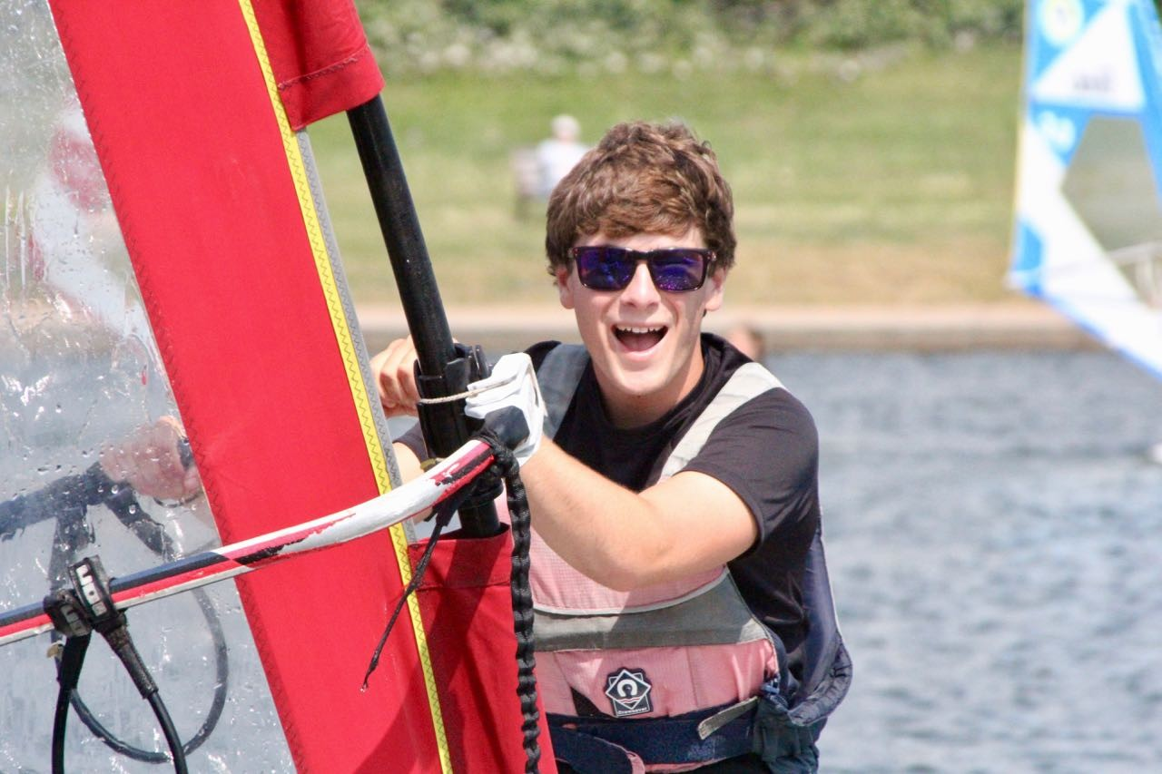 staff-and-life-lagoon-watersports-brighton-12