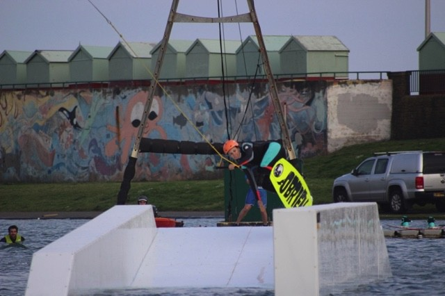 wakeboard-learn-to-brighton-hove-7